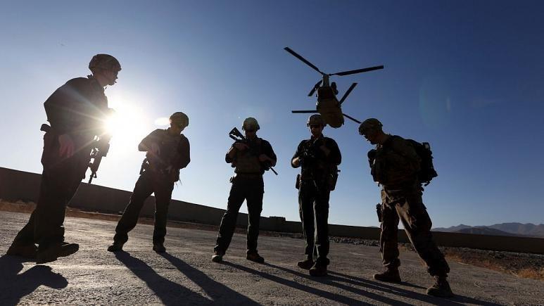 مسکو: روسیه به طالبان سلاح نمی دهد، آمریکا برای داعش تجهیزات می فرستد